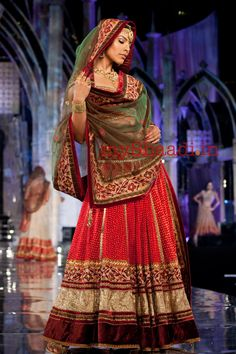 Indian Bridal Wear, Tarun Tahiliani | Myshaadi.in#bridal wear#india#bridal lehengas#designer bridal outfits#indian wedding