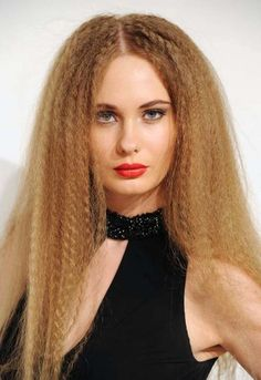 TOP 10 Penteados Anos 80 http://salaovirtual.org/penteado-anos-80/ #penteadosparafesta #80sparty #salaovirtual