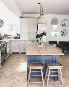 Kitchen walls in Farrow & Ball Wimborne White and kitchen island in Down Pipe