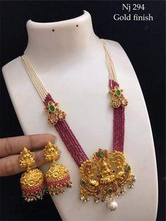Beaded Jewelry Designs, Gold Jewellery Design, Jewelry Patterns, Necklace Designs, Gold Jewelry, Indian Wedding Jewelry, Jewelry Model, India Jewelry, Bellisima
