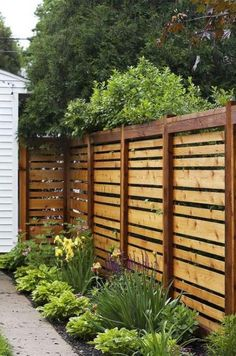 Want garden fence ideas with garden art ideas? These fence decorations are great ways to dress up your outdoor space. If you'd like specific ideas for privacy fences, I've got a collection of Marvelous Backyard Privacy Fence Decor Ideas on A Budget. Cheap Privacy Fence, Privacy Fence Designs, Backyard Privacy, Diy Fence, Backyard Fences, Garden Fencing, Wooden Fence, Backyard Landscaping, Fence Ideas
