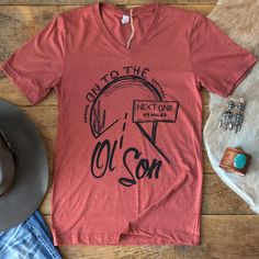 Cowboy Christmas in July kind of style #rodeoroad #cheyennefrontierdays #daddyofemall #graphictee #love #savannah7s