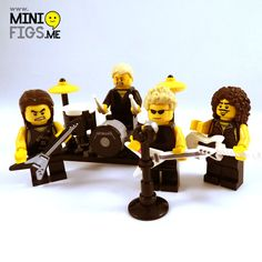 Lego METALLICA! \m/ ... KISS ain't the only marketing sell outs ! ;-)