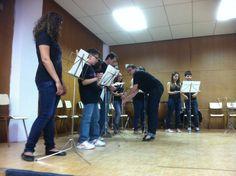 El alumnes de Llenguatge Musical de la professora Míriam Cueves Pastor preparant-se per l'audició (15-6-2012)