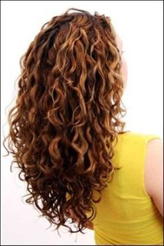 Want the back to my hair to be cascading like this, rather than square at the bottom. 35+ Best Curly Cuts