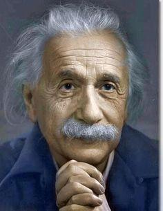 """""""O Esperanto é a solução da ideia de Língua Internacional."""" // """"Esperanto estas la solvo por la ideo pri internacia lingvo."""" ― Albert Einstein"""