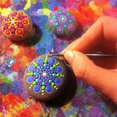 """Mandala actually is a sacred pactice enganged by Tibetan monks and many other cultures. Mandala words originated from classical Indian Sanskrit languange that could be losely means a """"circle"""". Here is DIY Mandala Rock Painting Mandala Art, Mandalas Painting, Mandala Rocks, Pebble Painting, Dot Painting, Pebble Art, Stone Painting, Rock Crafts, Fun Crafts"""