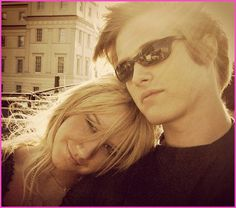 """Photo Of Lucas Grabeel And Ashley Tisdale Promoting """"High School Musical"""" In 2006"""