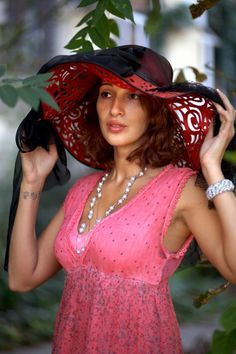 Exotic girl for marriage Nadejda 37 years old Ukraine Odessa