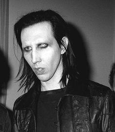 Manson's lover (@mansonsavedme)   Твиттер