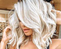 Hair Color Dark, Blonde Hair With Dark Highlights, White Blonde Bob, Bright Blonde, Short Blonde, Blonde Wig, Super Blonde Hair, Ice Blonde Hair, Curly Blonde