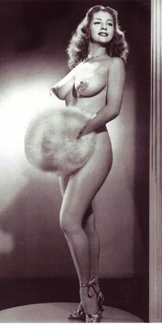 Attended a fascinating lecture about the history of Burlesque.  ...This Diva!!!!  Tempest Storm, circa 1955