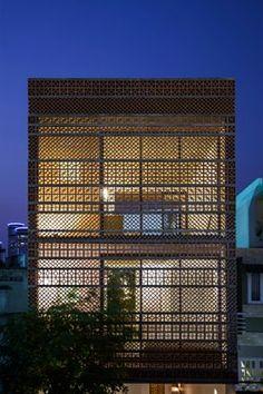 Apartment in Binh Thanh, Ho Chi Minh City, 2016 - Sanuki Daisuke architects