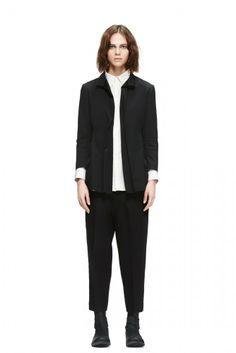이런 루즈핏의 바지를 입는거야! 발목을 살짝 보이게 하고 여기에 키높이깔창 컨버스나 웨지힐 슈즈를 신으면 다리가 길어보이지. East End London, Blue Mountain, Normcore, Blazer, Jackets, Design, Style, Fashion, Down Jackets