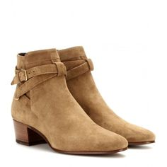 Saint Laurent Blake Suede Ankle Boots (990 CAD) ❤ liked on Polyvore featuring shoes, boots, ankle booties, botas, schoenen, brown, suede booties, yves saint laurent boots, brown boots and suede ankle bootie