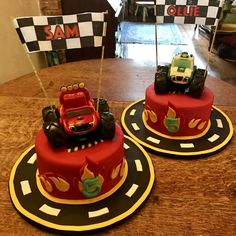 "Blaze and the Monster Machines - I like this ""individual cakes"" idea! Blaze Birthday Cake, 4th Birthday Cakes, Kids Birthday Themes, Birthday Celebration, Boy Birthday, Torta Blaze, Bolo Blaze, Blaze Cakes, Blaze And The Monster Machines Cake"