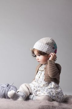 Bonbon Kids — Photographers — Katy McDonnell — Babies shooting on gray* and an adorable baby helps Precious Children, Beautiful Children, Beautiful Babies, Cute Kids, Cute Babies, Baby Kids, Little Doll, My Little Girl, Outfits Niños