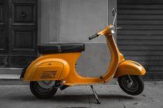 Vespa Smallframe, Vintage Vespa, Illumination Art, Italian Beauty, Vespa Scooters, Cars And Motorcycles, Objects, Iron, Canvas