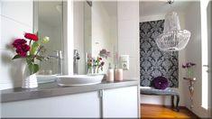 modern enteriőr, bécsi lakás, fürdőszoba - lakások, otthonok 11 Double Vanity, Ibiza, Bathroom, Furniture, Diy, Home Decor, Luxury, Washroom, Decoration Home