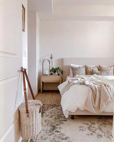 Next Bedroom, Modern Master Bedroom, Small Room Bedroom, Modern Room, Modern Bedrooms, Dream Bedroom, Small Bedroom Ideas For Couples, Cute Bedroom Ideas, Mid Century Modern Bedroom