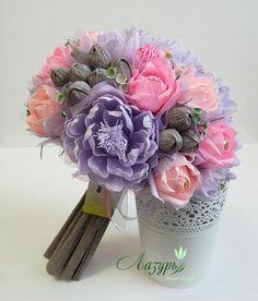 Фотографии Paper Flowers Craft, Crepe Paper Flowers, Flower Crafts, Flower Art, Flower Bouquet Diy, Beautiful Bouquet Of Flowers, Pink Flowers, Fun Crafts, Diy And Crafts