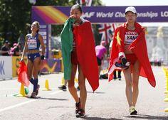 CIUDAD DE MÉXICO (proceso.com.mx).- La marchista mexicana Guadalupe González ganó esta mañana la medalla de plata en la prueba de 20 kilómetros en el Mundial de Atletismo de Londres. González, de 28 años, formaba parte de un trío de cabeza que completaba la china Xiuzhi Luy, quien fue descalificada casi al llegar a la metaLeer más