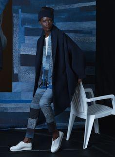 CIRCUS of FASHION präsentiert Tenneh Trousers + Coat - Reality Studio Tenneh Trousers + CoataufCIRCUS of FASHION – Contemporary Showroom für Berliner Mode und Designer – Autumn Winter2014/15.  Hose und passendes Oberteil in blauem Patch Print, da ... http://www.circus-of-fashion.com/produkt/Shopping-Fashion-Mode-aus-Berlin/reality-studio-tenneh-trousers-coat/