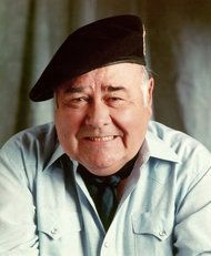 RIP Jonathan Winters...oh how you made me laugh, laugh, laugh!!