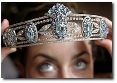 Lady Hesketh's Tiara of Sky-Blue Oval Aquamarines and Diamonds ---- Earn your crown doing good. Royal Crown Jewels, Royal Crowns, Royal Tiaras, Royal Jewelry, Tiaras And Crowns, Fine Jewelry, British Crown Jewels, Aquamarine Jewelry, Family Jewels