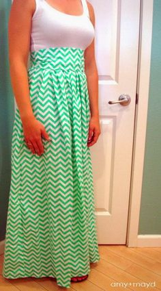 50 Ideas for sewing skirts long dress tutorials Maxi Dress Tutorials, Sewing Tutorials, Sewing Hacks, Sewing Projects, Diy Clothing, Sewing Clothes, Clothing Patterns, Dress Sewing, Sewing Patterns