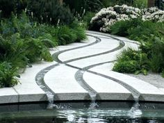 A garden fountain is one of thoes objecs that provides a blend of both natural and artificial gorgeousness. Generally, people don't consider a Garden fountain Garden Stream, Water Garden, Garden Paths, Garden Art, Garden Deco, Modern Landscaping, Garden Landscaping, Landscaping Design, Landscape Architecture Design