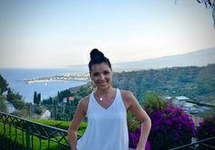 <!-- AddThis Sharing Buttons above -->Iubesc Italia. Cu peisajele ei, cu plajele ei, cu bucataria delicioasa, cladirile a caror varsta o masori in secole, cu farmecul ei si cu …dolce far niente. Dupa vacanta in Sardinia si Coasta Amalfi, care ocupa un loc fruntas intre cele mai frumoase experiente ale vietii mele de turist, dupa Roma la care drumurile mele […]<!-- AddThis Sharing Buttons below -->