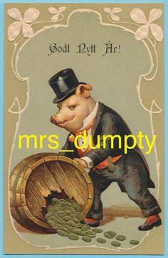DRESSED PIG Rolls Barrel of Gold~Fantasy New Year~Anthropomorphic POSTCARD~EX