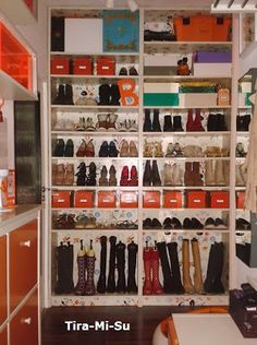 die besten 25 billy regal schuhe ideen auf pinterest ikea schuhregal schuhregal ikea und pax. Black Bedroom Furniture Sets. Home Design Ideas