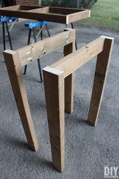 DIY table legs for the outdoor bar table. Bar Table Diy, Diy Table Legs, Wood Table Legs, Outdoor Bar Table, Bar Tables, Outdoor Coffee Tables, Dining Table, Diy Outdoor Furniture, Furniture Ideas