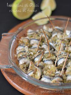 involtini di alici ripieni al forno Calamari, Baked Salmon, Antipasto, Bruschetta, Soul Food, Finger Foods, Potato Salad, Buffet, Food And Drink