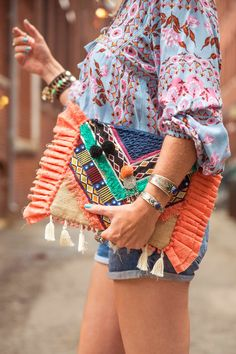 Hippie clutch with little tassels! Don't you just love it!