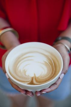 Latte Art during a Bold Portrait Session at the Elmwood Cafe in Berkeley, California // SimoneAnne.com