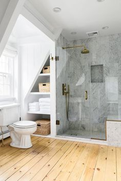 Bathroom Interior Design Trends 2019 Bathroom Interior Design Trends Spa and hotel-inspired bathrooms are considered as a design trend for this year. Although the bathroom trends are changing… Classic Bathroom, Modern Bathroom, Small Bathroom, Bathroom Showers, White Bathroom, Loft Bathroom, Upstairs Bathrooms, Ikea Bathroom, Bathroom Styling