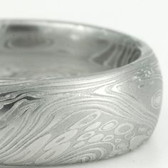 One of my favorite Damascus patterns!  Damascus Steel Mens Wedding Band 8mm.  Mokume Gane at its best!