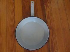 "lilac blue enamelware fry pan skillet 10 7/8"" fine white spatter cobalt trim"