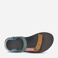 Original Universal - Original Universal Sock Shoes, Cute Shoes, Me Too Shoes, Sandalias Teva, Hiking Sandals, Sandals Outfit, Look At You, Crazy Shoes, Ideias Fashion