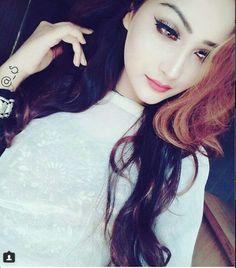 Afshii majid 😍 Cute Girl Face, Cute Girl Photo, Beautiful Girl Photo, Cool Girl, Amazing Dp, Awesome, Stylish Dpz, Profile Picture For Girls, Hijabi Girl