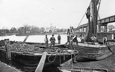 Barges at Alchin's wharf in Putney, circa Picture: Wandsworth Museum Victorian London, Vintage London, Old London, East London, London City, London University, World University, Mega Series, 19th Century London
