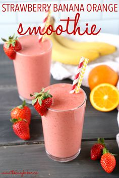 This Strawberry Banana Orange Power Smoothie is the perfect fruit smoothie packed with berries, bananas, and juicy oranges! It makes a great breakfast or post-workout drink, and it's the perfect mid-afternoon pick-me-up snack! Banana Smoothie Bowl, Power Smoothie, Fruit Smoothie Recipes, Raspberry Smoothie, Smoothie Packs, Strawberry Banana Smoothie Recipe With Orange Juice, Frozen Fruit Smoothie, Drink Recipes, Snack Recipes
