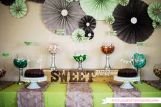 "A sophisticated, yet adorable ""Sweet Pea"" tablescape! #babyshower {Pick from PN's own Lauren}"