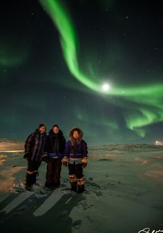 "Despite low solar activity, February 2013 has been a good month for auroras, with some observers reporting weeks of nightly Northern Lights around the Arctic Circle. ""There were great auroras yesterday night outside the little Inuit village of Ivujivik in Nunavik, Quebec,"" says Sylvain Serre, who photographed some of the onlookers."
