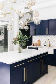 40 Beautiful Blue Kitchen Design Ideas For Fresh Kitchen Inspiration #beautifulkitchen #kitchendesign #bluekitchen