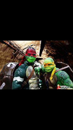 Tmnt cosplay Michelangelo and Raphael