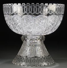 Jackson's International Auctioneers and Appraisers Crystal Glassware, Crystal Vase, Cut Glass, Glass Art, Punch Bowls, Pattern Cutting, Vintage Dishes, Pressed Glass, Glass Dishes